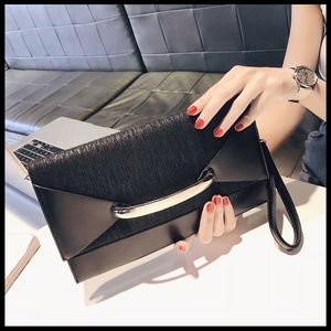 NEW MIA Envelope Clutch Messenger